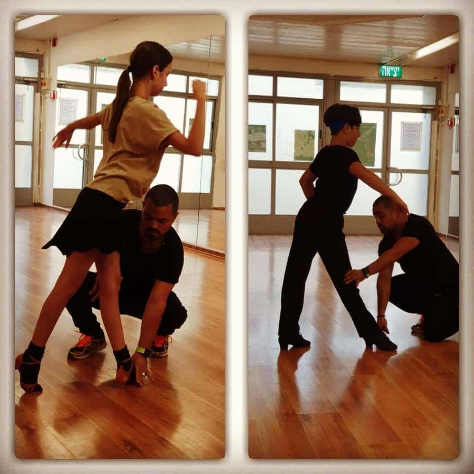 עבודה על עמידה נכונה בשיעורים פרטיים לילדים של מורה לריקוד אבי צור