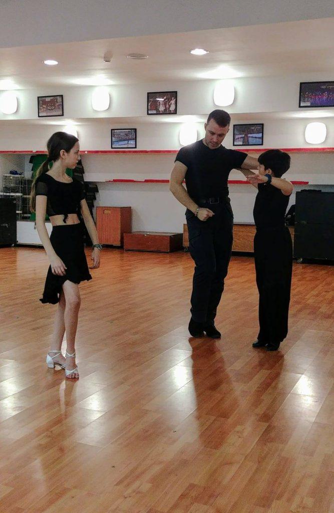 מורה לריקוד בשיעורים פרטיים לילדים