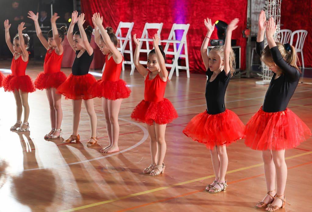 רקדניות הקטנטנות של חוג מחול ותנועה לגיל הרך בפסטיבל ריקודים